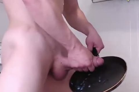 The majority excellent chap wanking & Cumming Into A Pan